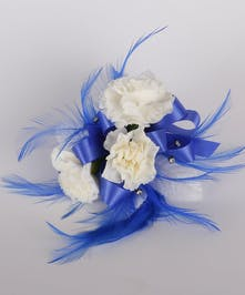 3 Mini Carnation Wrist Corsage
