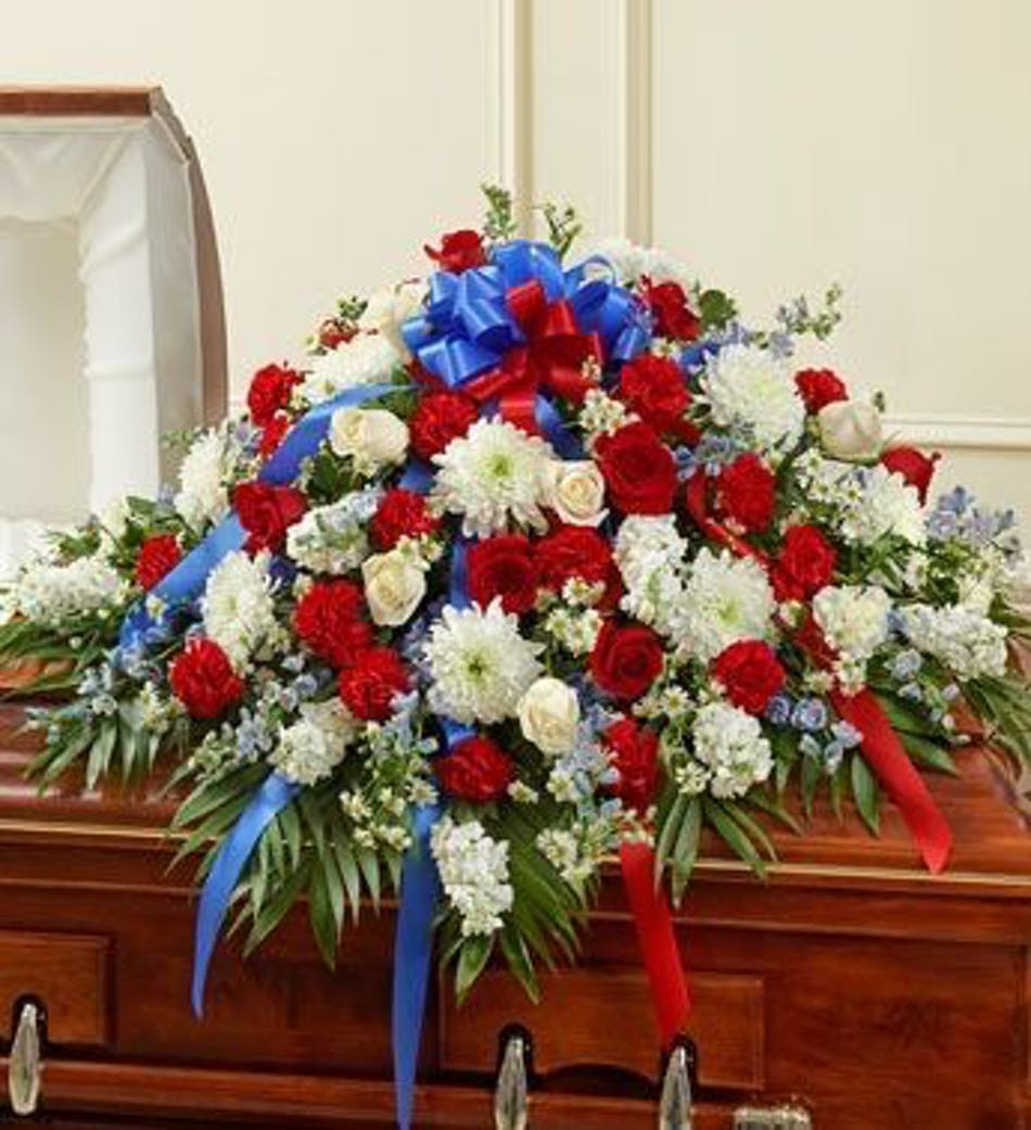 Red white and blue flowers rio rancho patriotic casket covers rio red white and blue flowers rio rancho patriotic casket covers rio rancho patriotic funeral flowers rio rancho izmirmasajfo