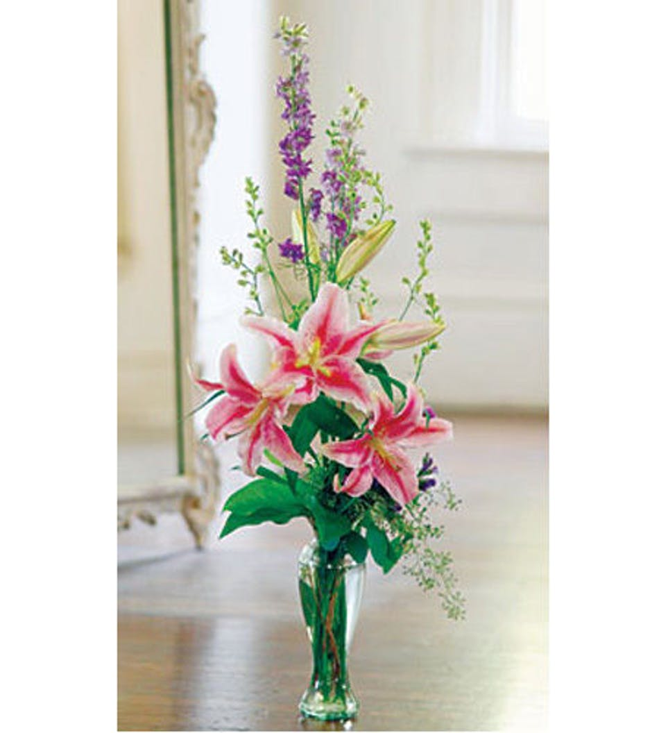 Stargazer Lily Stargazer Lilies Flower Arrangements With Lilies