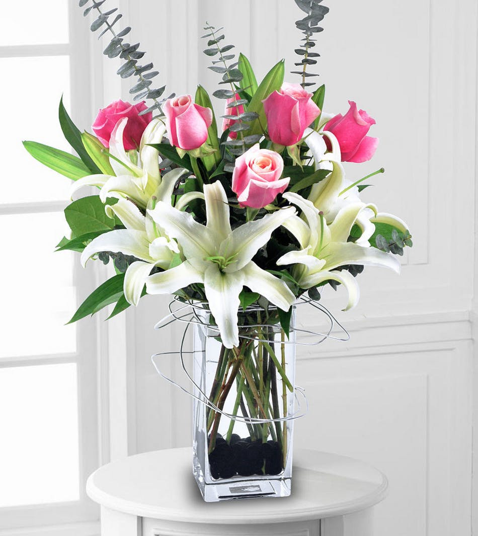 Pink rose arrangement white lilies lily arrangements albuquerque pink rose arrangement white lilies lily arrangements albuquerque new mexico reviewsmspy