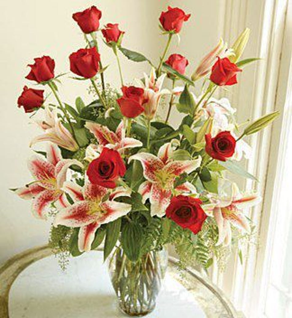 Roses and stargazer lilies in albuquerque nm peoples flowers izmirmasajfo Images