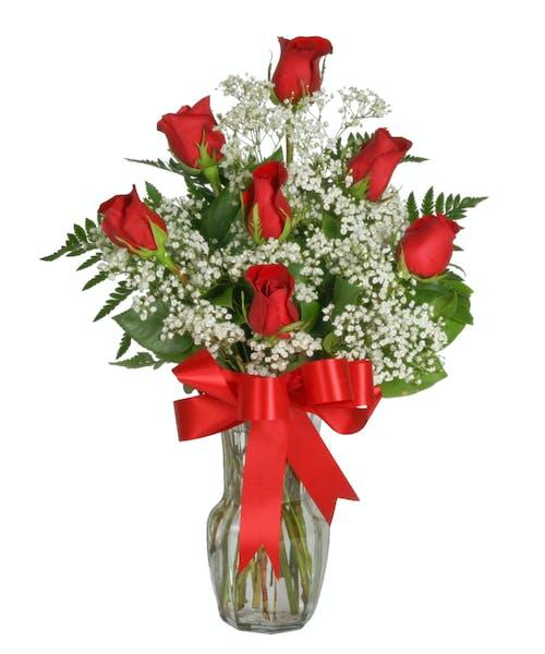Seven Rose Arrangement with Accent Flower