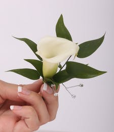 Mini Calla Boutonniere with Bling